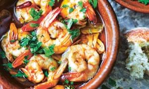 Gambas al ajillo – prawns with garlic.