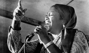 Odetta singing at the New Orleans jazz festival in 1978. She can go deeper than many men.