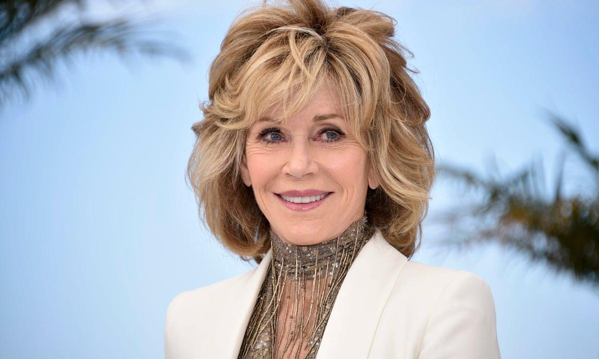Technology Management Image: Jane Fonda: 'Plastic Surgery Bought Me A Decade'