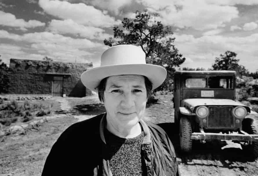 Agnes Martin at her house near Cuba, New Mexico, in 1974. Photograph by Gianfranco Gorgon