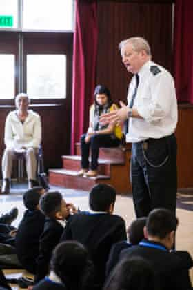 The Your Life You Choose Brent project brings together the pollice, victim support, JPs, prison officers and former convicts for workshops in schools.