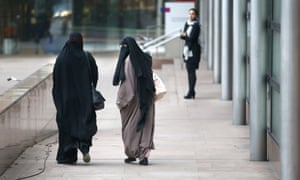 Women wearing Islamic veils