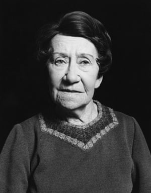 Flora Robson in 1980.