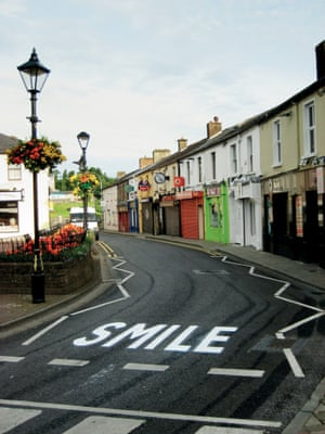 """""""Smile"""" by artist, Canvaz from Street Messages."""