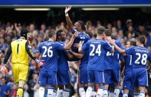 When Drogba is substituted in the 28th minute, his Chelsea team-mates rushed over to carry him off the pitch as Chelsea fans stood to give him a rousing reception