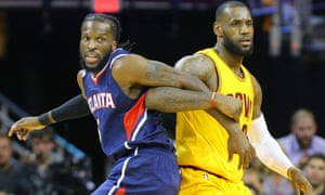Limping LeBron James leads Cavaliers to victory over Hawks  aa8e376f1