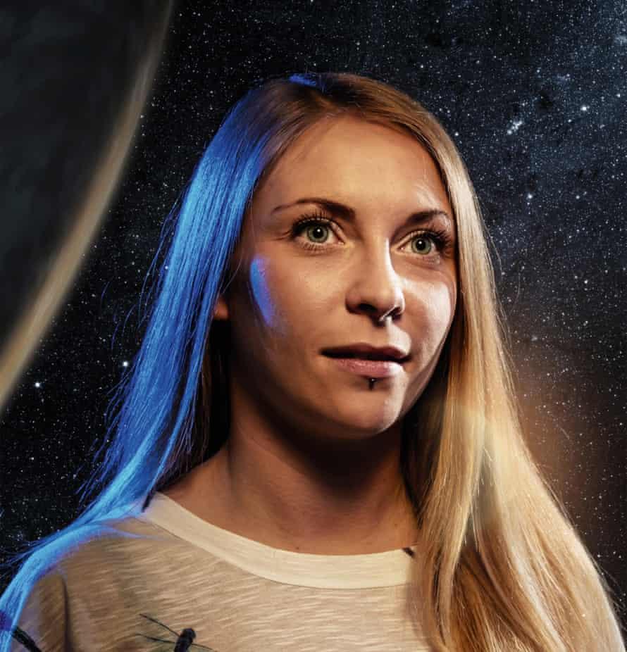 Mars: Clare Weedon
