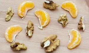 Sliced walnuts and mandarin slices