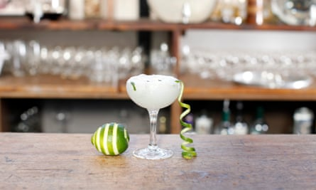 Perfect summer tonic … Sipsmith and Jude's gin and tonic flavoured ice-cream.
