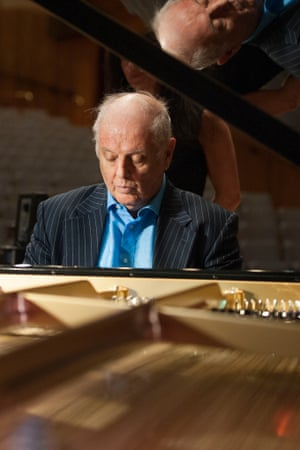 Daniel Barenboim plays the new piano design, built by Belgian instrument maker Chris Maene.