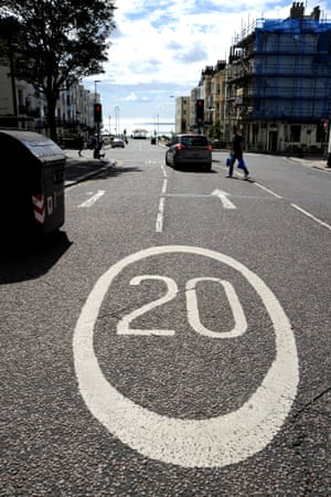 A 20mph speed limit sign in Kemptown, Brighton.