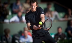 Andy Murray in action against Facundo Arguello on the Philippe Chatrier court at the French Open. Ph