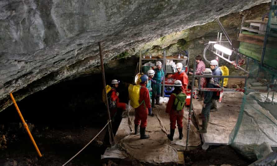 Sima de los Huesos Spain neanderthal remains