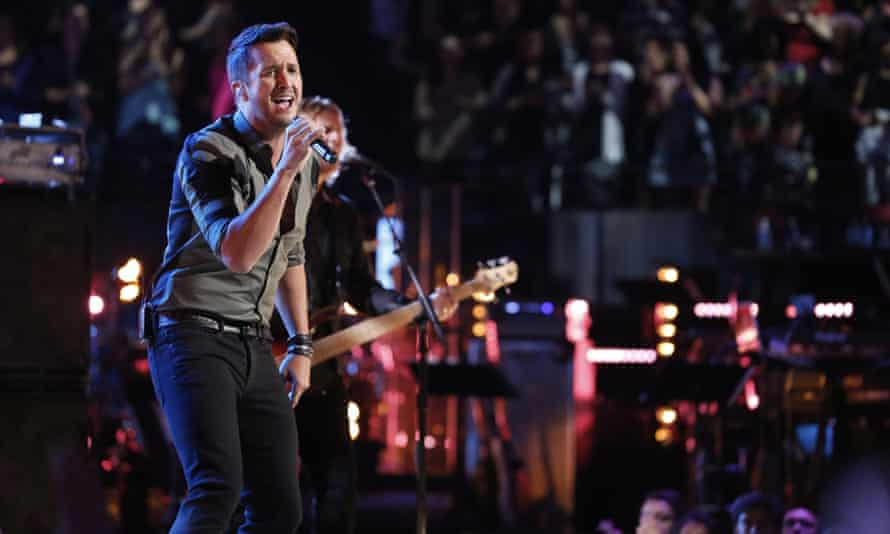 Luke Bryan is country music's lettuce, according to Keith Hill.