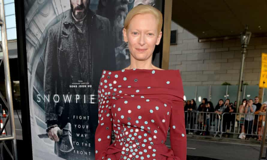 Tilda Swinton is in talks to play a gender-swapped version of Doctor Strange mentor The Ancient One for Marvel.