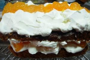 MizPepperpot's quick and easy ginger mandarin cream cake.