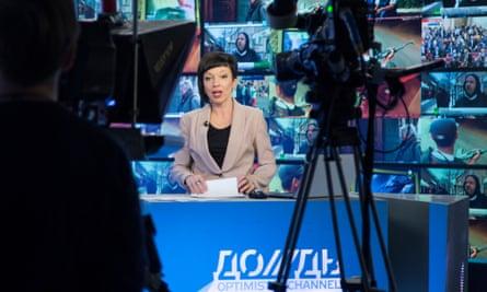TV Rain (Dozhd) anchor Maria Makeyeva at work.