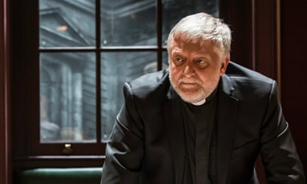 Occupied in thought … Simon Russell Beale plays the dean of St Paul's as a tragic figure in Steve Wa