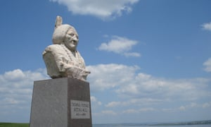 Sitting Bull's burial place, overlooking the Missouri.