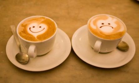 Coffee cups happy/sad