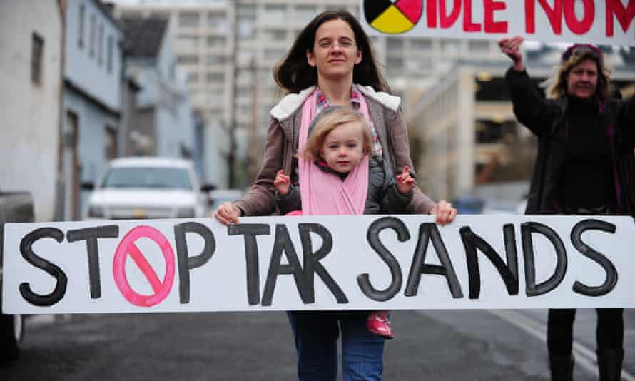 A protester calls for an end to tar sands, Portland, Oregon, US