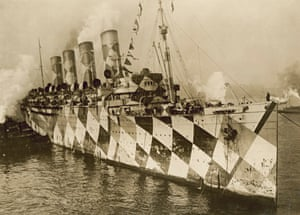 RMS Mauretania in dazzle paint, arriving at New York with returning troops, 1918