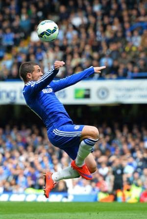 Eden Hazard controls the ball.