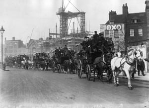 <strong>1906 Everton v Newcastle United </strong>A group of supporters leave Kingsway in horse-drawn buses on their way to Crystal Palace for the final which Everton won 1-0