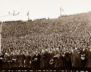 <strong>1928 Blackburn Rovers v Huddersfield Town </strong>An impressive moment as the 92,041 crowd sing the traditional Cup final hymn Abide With Me. Blackburn Rovers won 3-1