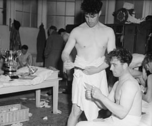 <strong>1950 Arsenal v Liverpool </strong>Gunners Denis Compton and his brother Leslie in the dressing room after Arsenal beat Liverpool 2-0