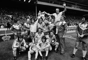 1976 Manchester United v Southampton Captain Peter Rodrigues on the shoulders of his team-mates as Southampton celebrate their 1-0 victory