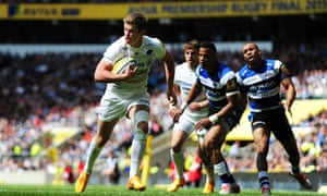 Owen Farrell of Saracens crosses the line for the opening try of the game.