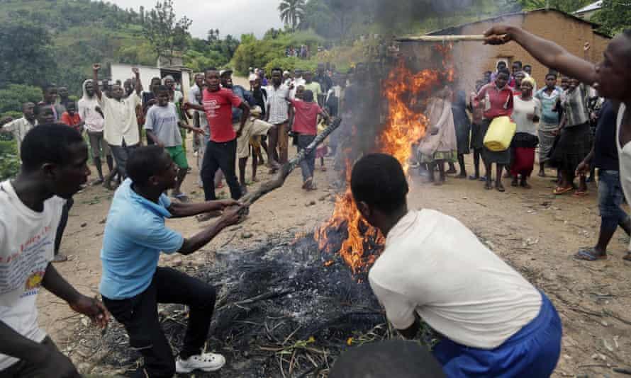 Demonstrators in Rwenza near Bujumbura in Burundi