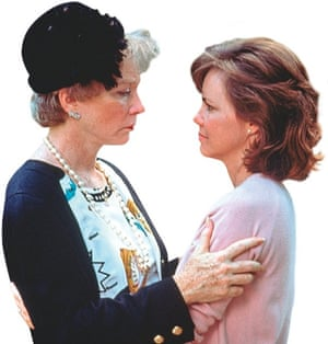 Shirley MacLaine and Sally Field in Steel Magnolias