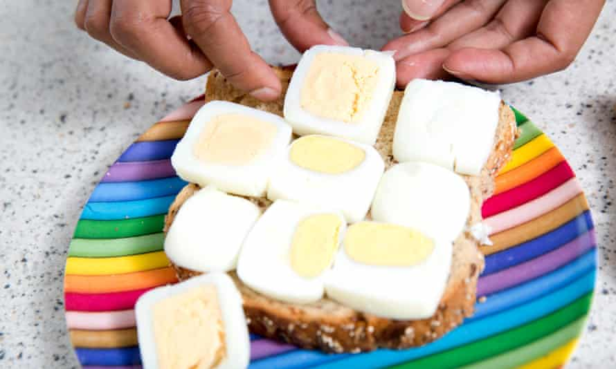 Square egg sandwiches