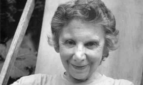 Beata Duncan pioneered a succession of poetry workshops in London