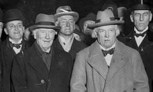 HH Asquith (front left) and his successor David Lloyd George