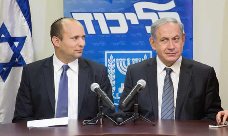 Binyamin Netanyahu (right) and his coalition partner Naftali Bennett.