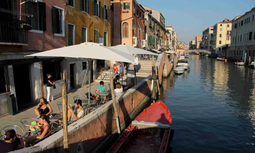 La Bagatela, Venice