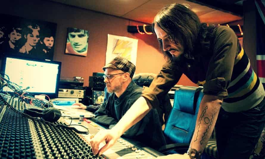 Garry Cobain (right) and Brian Dougans AKA Amorphous Androgynous in the studio.