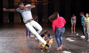 tate modern musee de la danse dancers boris charmatz