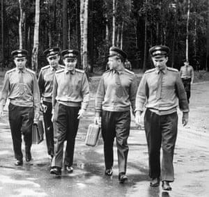 From left, Yuri Gagarin, Vladimir Komarov, Andrian Nikolayev, Alexei Leonov, and Pavel Belyaev in Moscow.