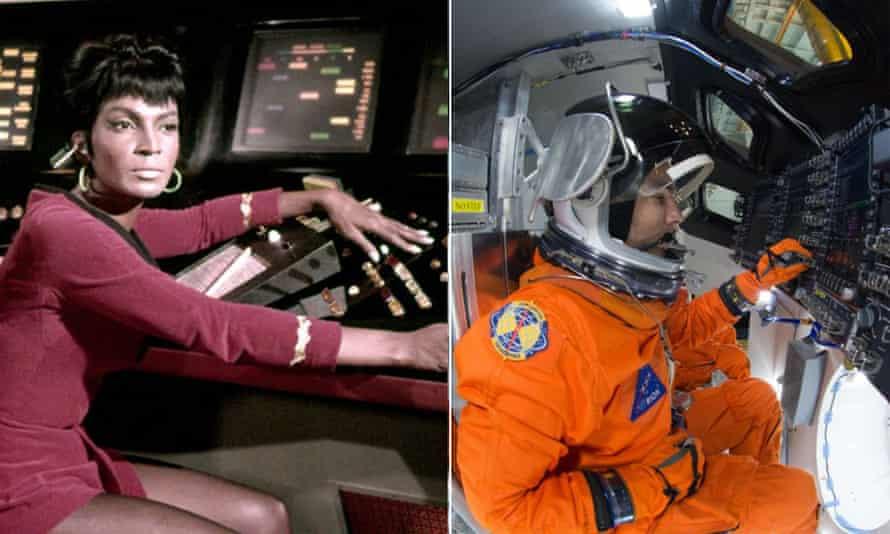 Uhura's disco deck v the Orion spaceship.