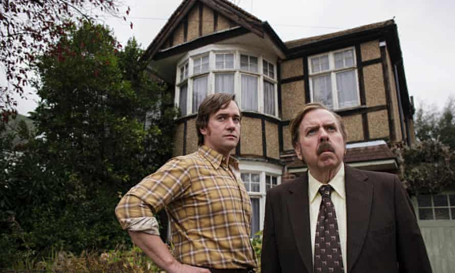 Macfadyen and Spall in The Enfield Haunting