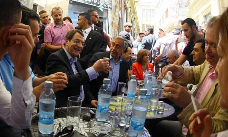 Cypriot president Nicos Anastasiades and Turkish Cypriot leader Mustafa Akinci in Nicosia