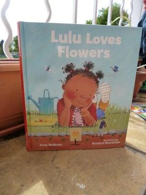 Lulu Loves Flowers by Anna McQuinn