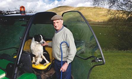 Tom Hamilton and his dog Don