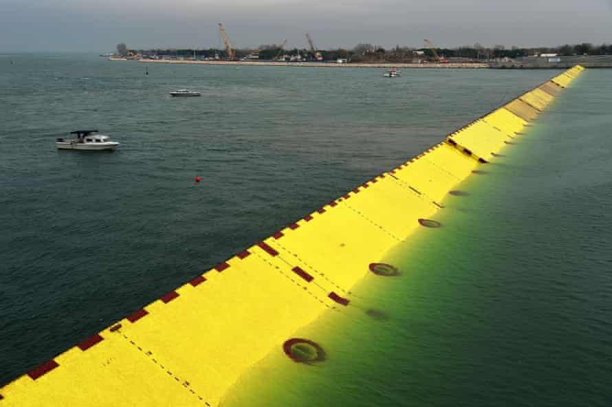 Venice's €5.4bn Mose flood barrier project will be able to support a 3 metre high tide.
