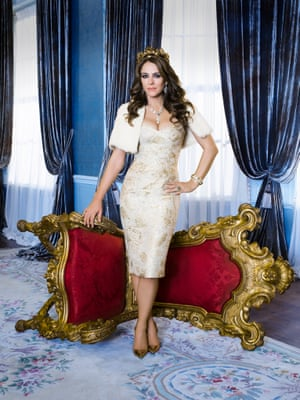Elizabeth Hurley as Queen Helena