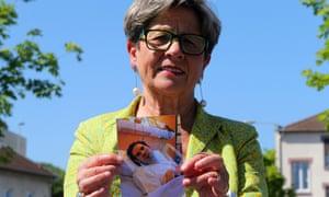 Viviane Lambert, Vincent Lambert's mother, with a photograph of her son.